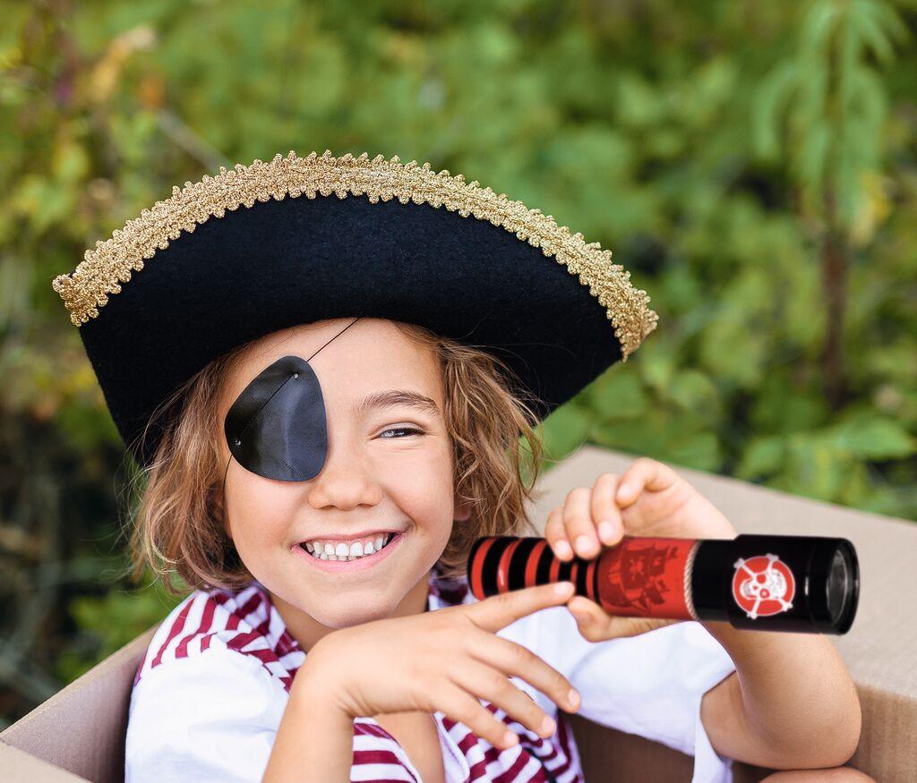 Piraten-Fernrohr